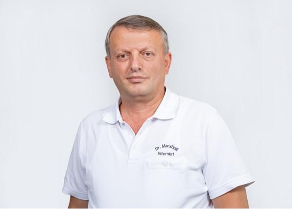 Dr. Hamit Manxholli